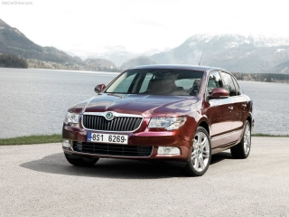 Аренда автомобиля Skoda Superb II АВТОМАТ в Праге